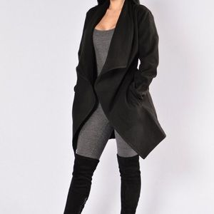 Manhattan Coat Black-Fashion Nova